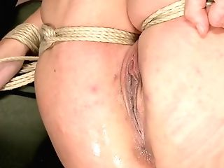 Blonde In Chest Tying Gets Vibed