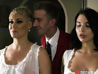 Ivy Lebelle, Ryan Keely And Bonnie Rotten Share Jizz After Gonzo Switch Sides Gang-bang