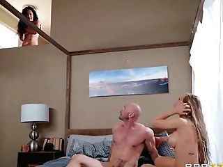 Nicole Aniston, Amia Miley And Johnny Sins In Have Fun With Thick Dick Of