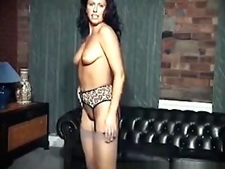 Matures Sexy Lady Like Fucktoys By Oopscams