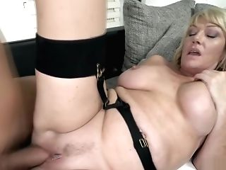 Sexy Granny Loves A Big Prick In Her Vag