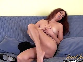 Karolina In Getting Off Movie - Auntjudys