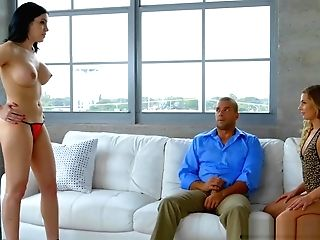 Sydney Cole And Cassandra Cain Hot 3some On The Couch