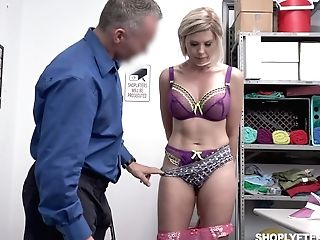 Tempting Huge-boobed Mummy Amber Chase Gets Penalized For Shoplifting
