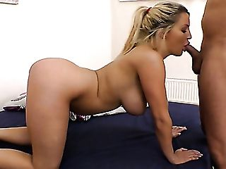 Big Boobed Appetizing Sienna Day Is Glad To Suck Dick In Sixty Nine Position
