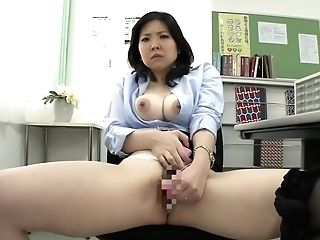 Exotic Japanese Tramp In Amazing Matures, Oral Job Jav Clip