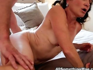 Carrie Ann's Very First On-camera Fuck Film - Carrie Anne And Sean Lawless - 40somethingmag
