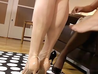 Stockings Loving Girl-on-girl Cougar Pussylicked