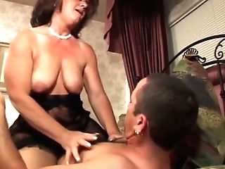 Massive Dick On This Matures Woman